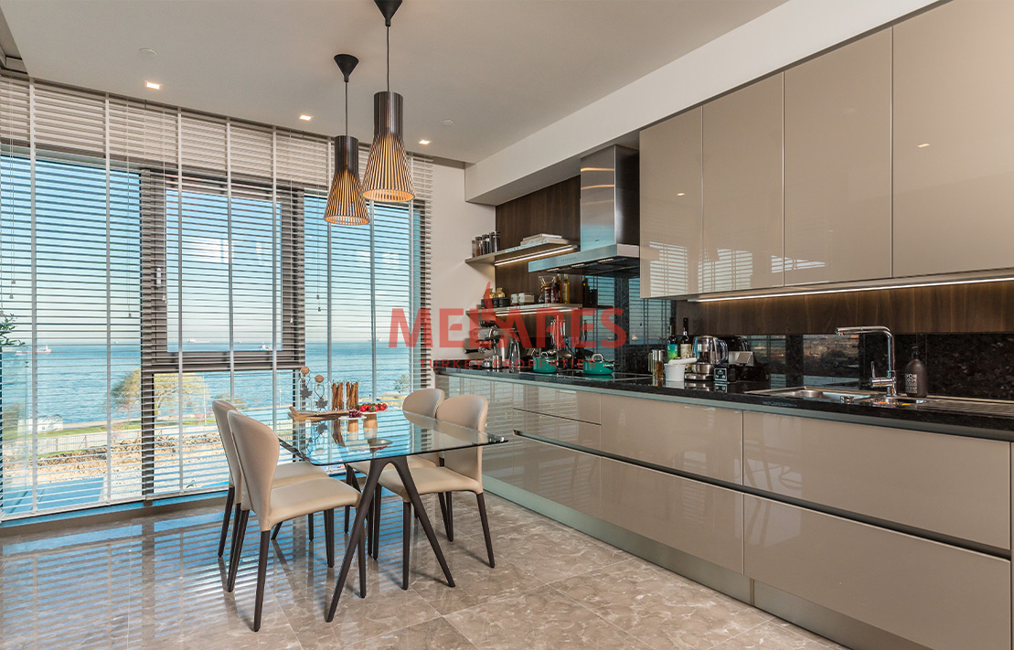 A New Experience in Sea-Front 2 Bedroom Apartment