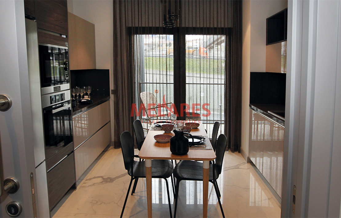 Fabulous 4 Bedroom Apartment with spacious concept