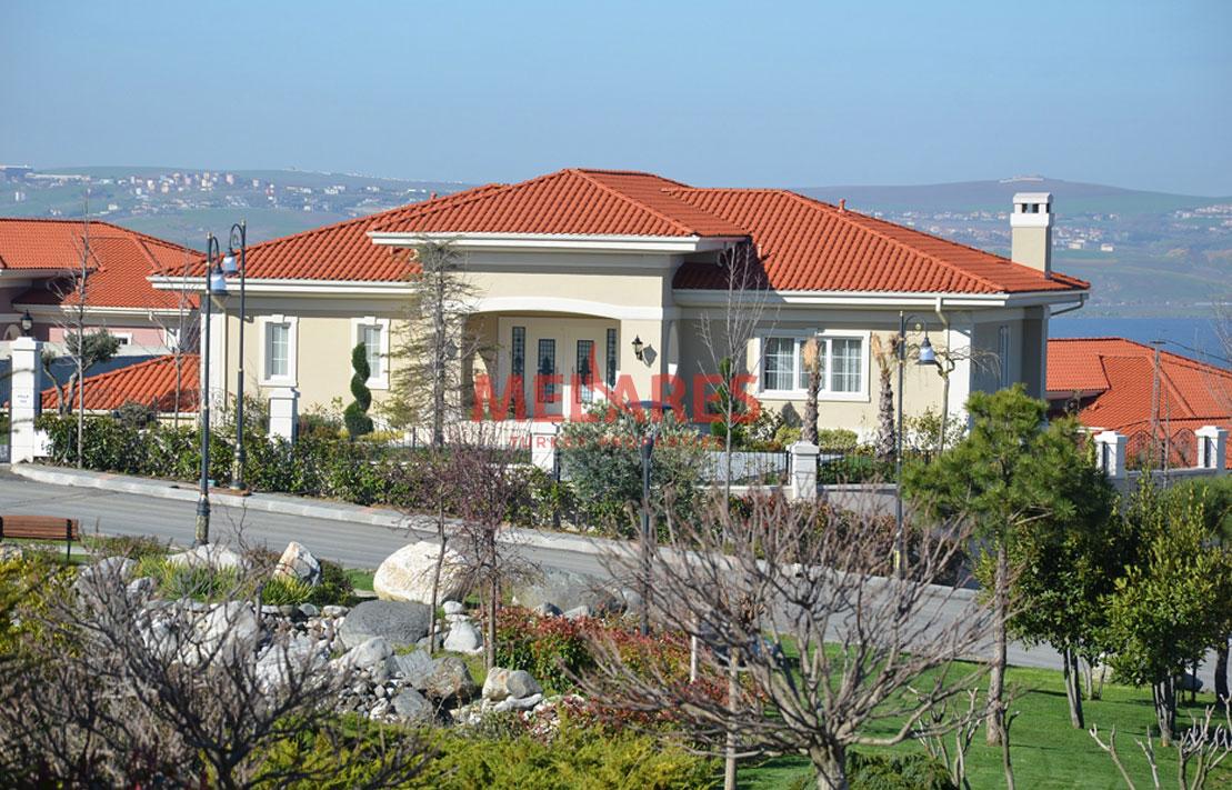 Duplex Luxury villa of 5 Bedrooms in Buyukcekmece