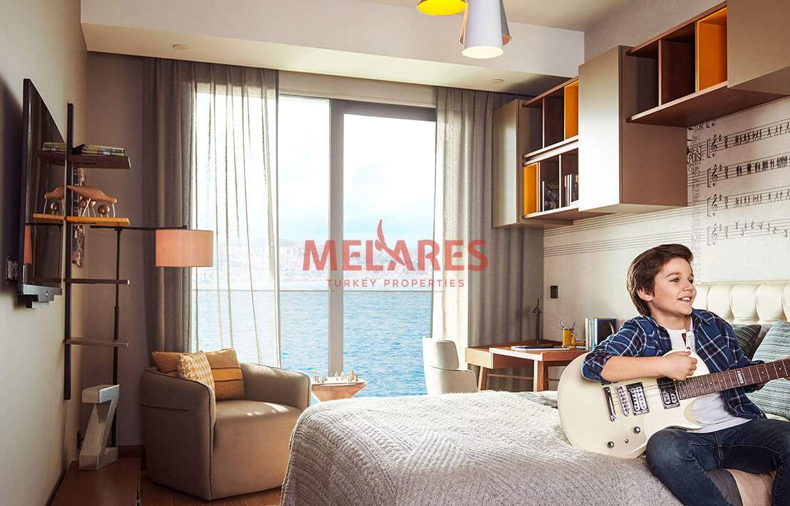 5 Bedrooms Apartment with Expressive View of Sea Appropriate for Turkish Citizenship