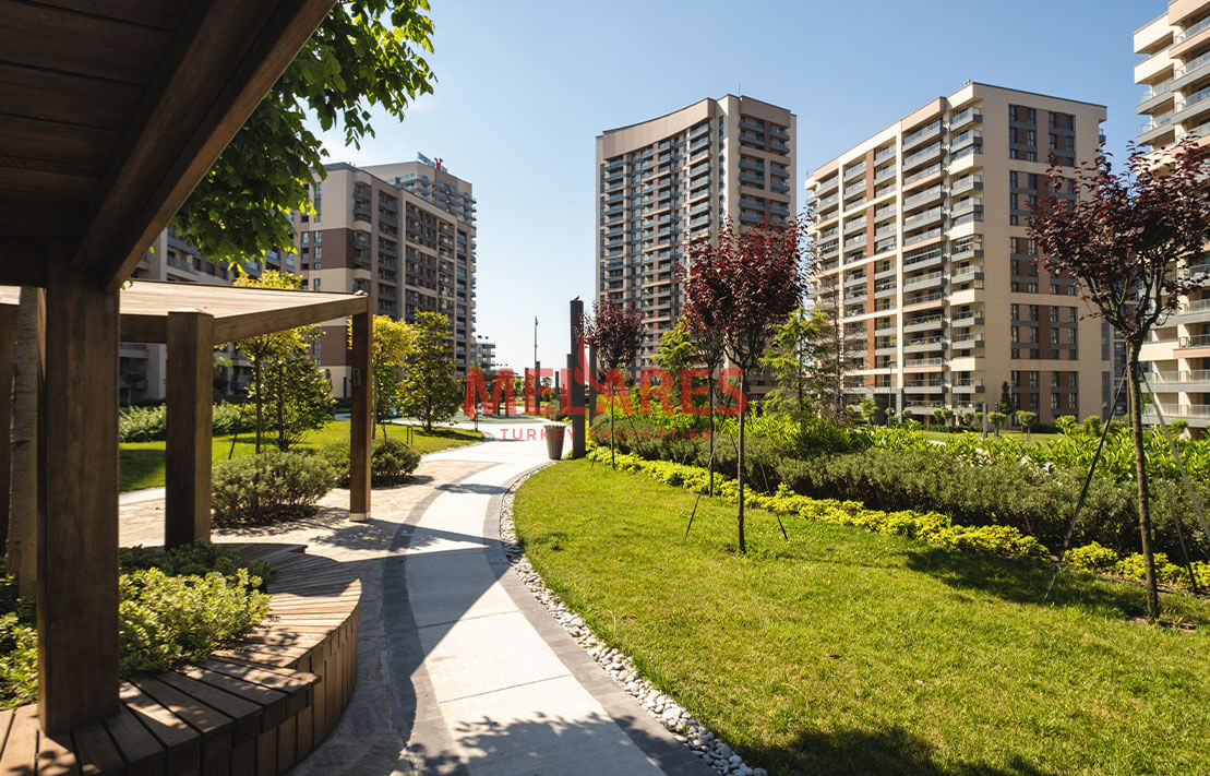 Buying Property İn Turkey And Enjoy From A Flat With 3 Balcony