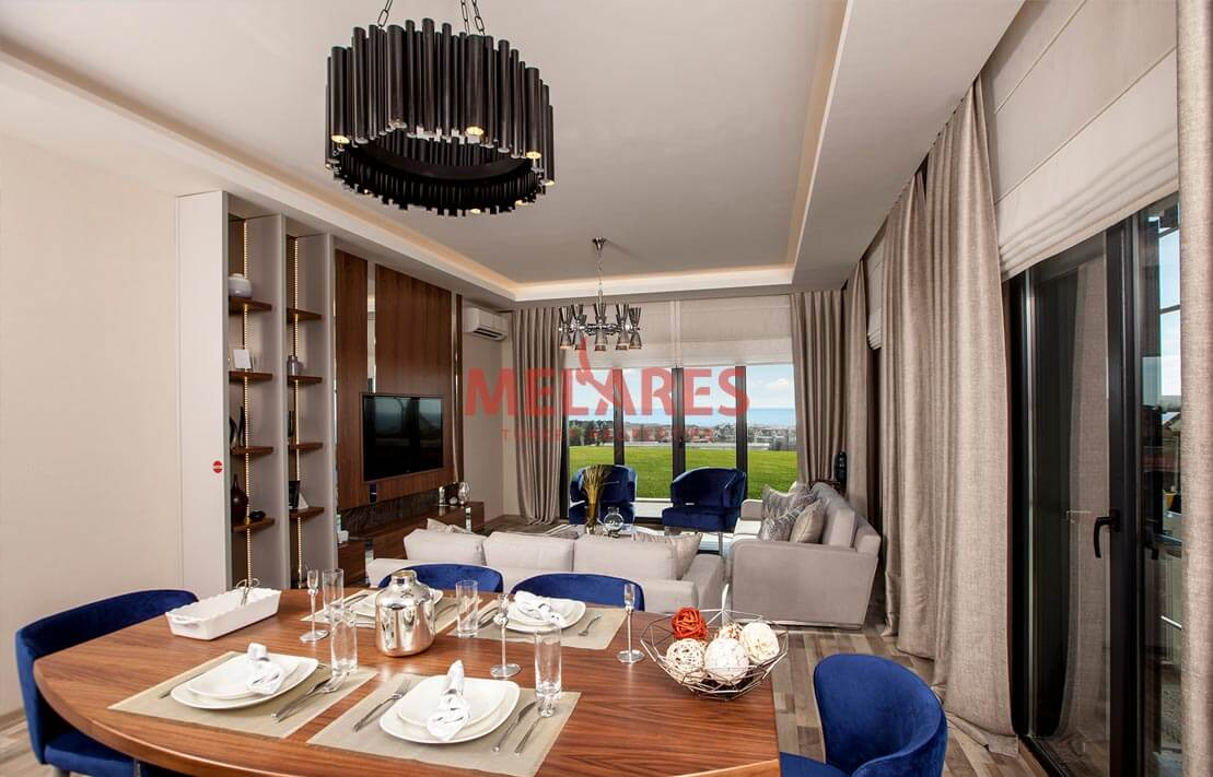Property for sale Directly on the E5 Highway in Istanbul