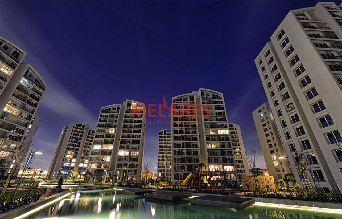 Buy a House in Istanbul Which is Close to The City Center With Highways