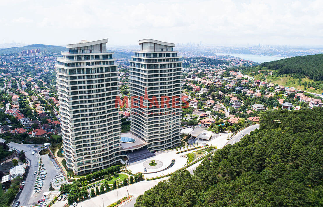 A Luxury Apartment with a Great Location in Istanbul