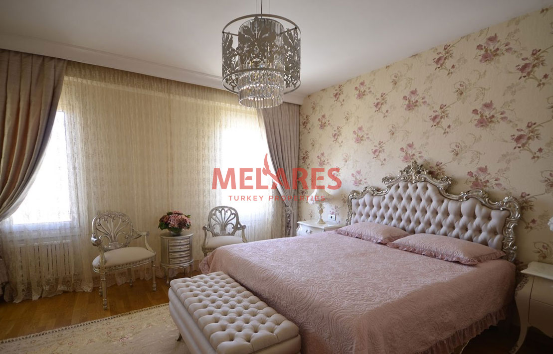 Close to the Sea Property for Sale in Istanbul Kadikoy
